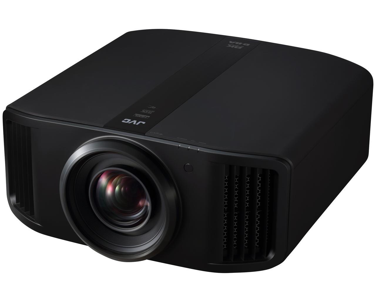 """Der DLA-NX9 mit zukunftsweisender 8K E-Shift-Technologie ist der weltweit erste Heimkino-Projektor, der nahezu die Bildqualität eines 8K-Displays* erreicht. Zusätzlich zu den erstaunlich detailreichen Bildern, kombiniert er eine enorme Helligkeit mit einem hervorragenden Kontrastverhältnis und einem kinotauglichen DCI-P3 Farbraum. Dadurch erreicht er eine Kino-Atmosphäre, die realitätsnäher ist als je zuvor. E-shift ist die JVC eigene hochauflösende Display-Technologie, um die Auflösung zu verdoppeln, indem man die zusätzlich errechneten Pixel diagonal um 0,5 Pixel verschiebt. So erreicht man zusammen mit dem nativen 4K D-ILA Projektor nahezu die Bildqualität eines 8K Displays. Das mit 8K E-Shift projizierte Bild erzeugt eine viel feinere Auflösung als man das mit 4K erreichen könnte, und somit selbst auf großen Leinwänden mit der Realität konkurrieren kann. Durch die Verwendung der hochauflösenden Originaltechnologie """"Multiple Pixel Control"""" werden auch Full-HD- und 4K-Bilder in hochauflösende 8K-Bilder* transformiert. Der DLA-NX9 ist mit einem 100mm Ganzglas-Objektiv im Aluminiumkorpus ausgestattet, bestehend aus 18 Elementen in 16 Gruppen. Um eine hohe Auflösung bis in jede Ecke des projizierten Bildes zu gewährleisten und gleichzeitig einen großen Shift-Bereich von +/-100% vertikal, +/-43% horizontal zu realisieren, wird ein Objektiv mit 100 mm Durchmesser genutzt. Fünf spezielle Linsen mit niedriger Dispersion, die den unterschiedlichen Brechungsindex von Rot, Grün und Blau berücksichtigen, wurden eingesetzt, um chromatische Aberration und Abbildungsfehler zu unterdrücken und die 8K Auflösung getreu wiederzugeben. *Nicht kompatibel mit 8K Signal-Eingang , JVC - DLA NX9B D-ILA High End 4K Projector"""